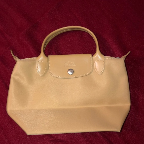 Longchamp Handbags - Longchamp Paris mini purse
